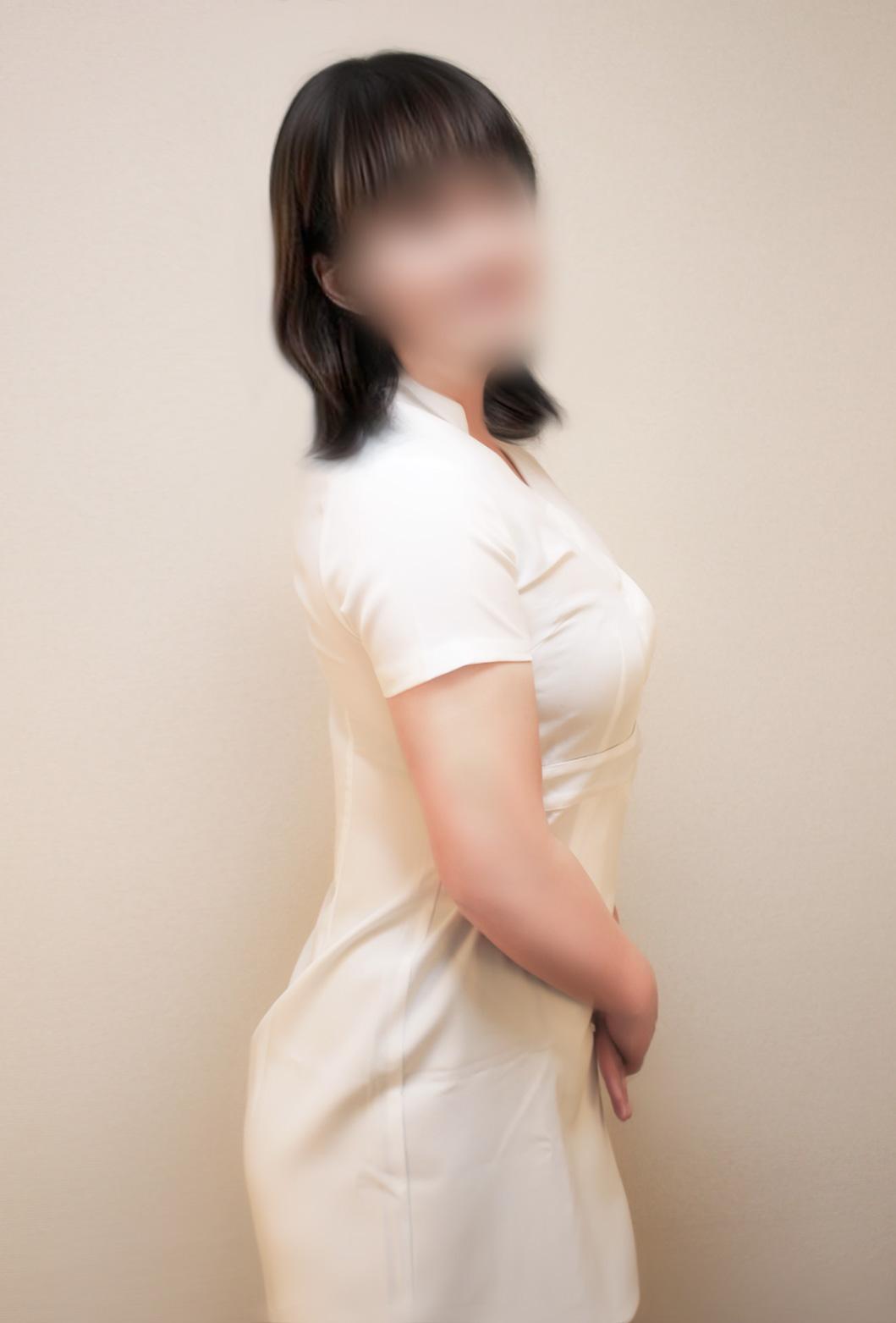 スタッフ円形サムネイル画像